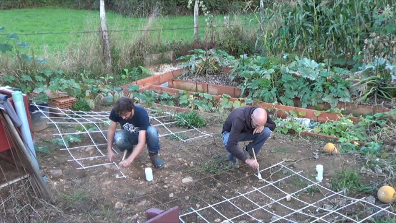 Como hacer un invernadero casero paso a paso la estructura for Materiales para un vivero